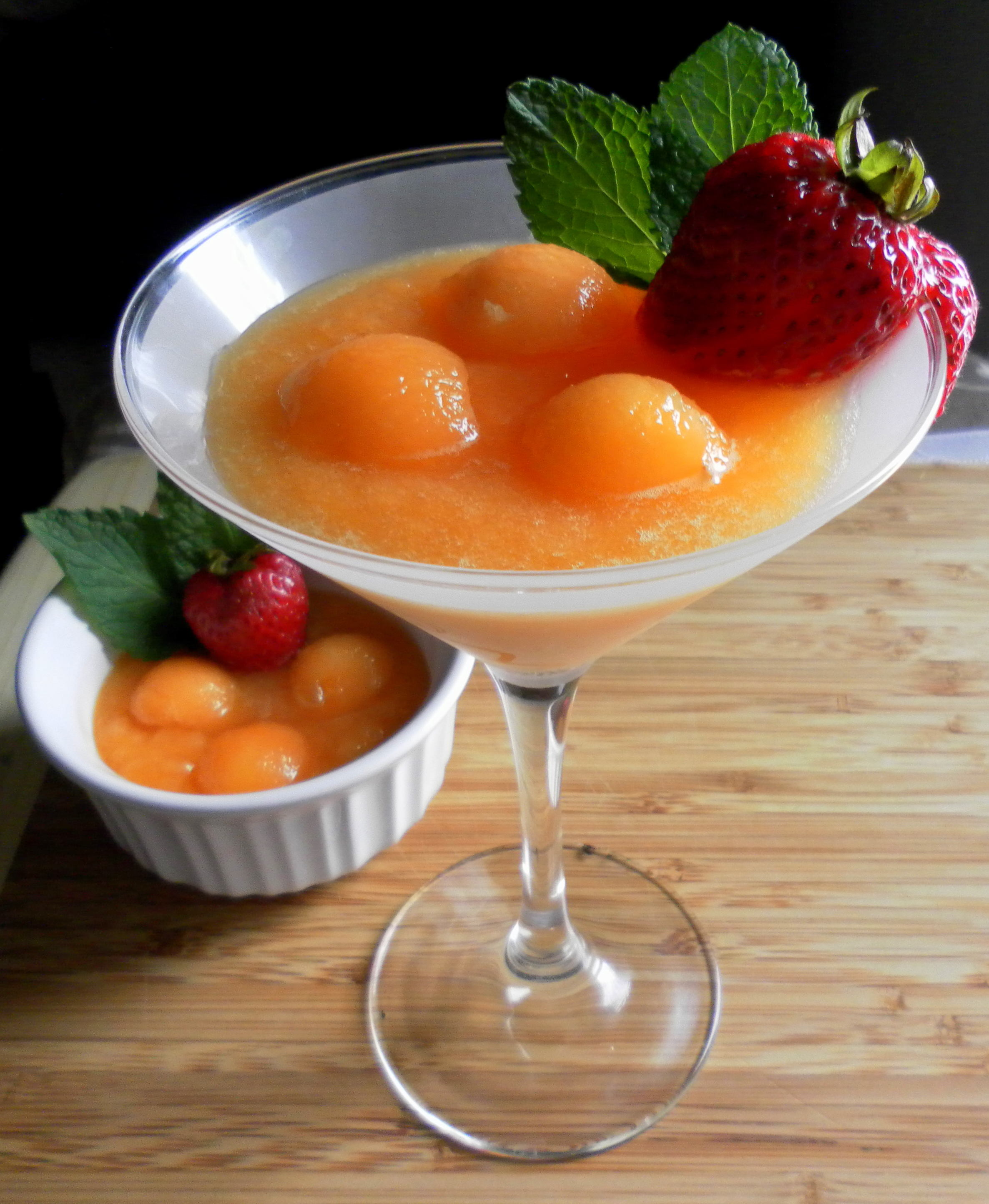 Cantaloupe Martini Garnishing Tips by colorsandspices | iFood.tv