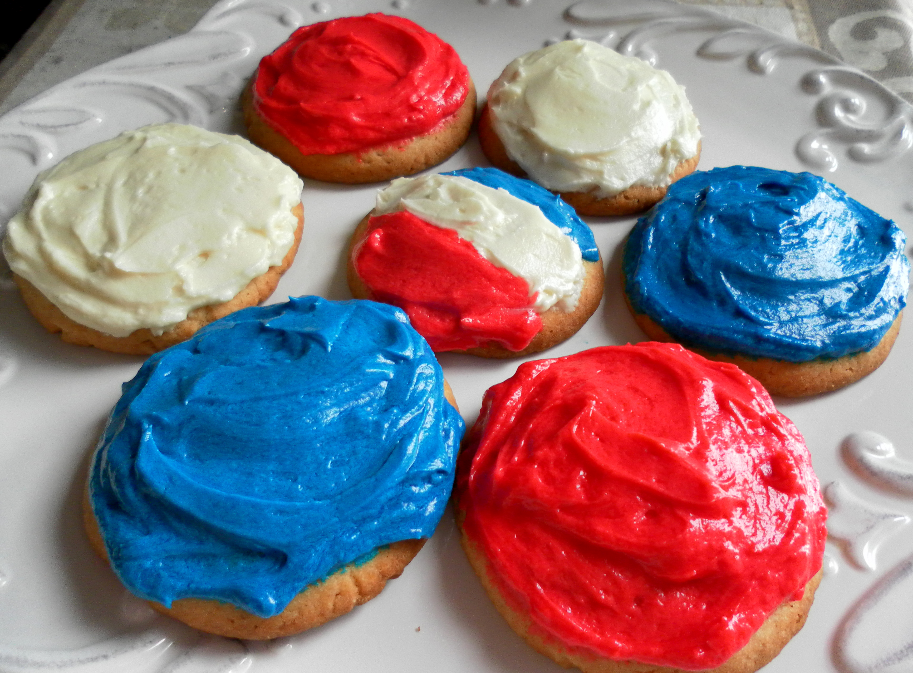 red, white & blue cookies plus an award! | yummy chunklet